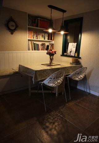 混搭风格复式50平米餐厅餐桌效果图