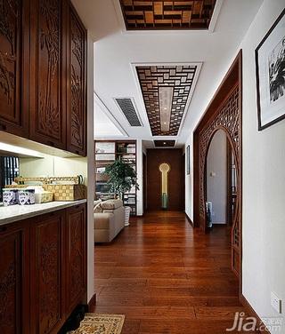中式风格三居室豪华型过道装修效果图