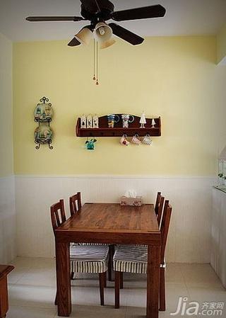 田园风格别墅80平米餐厅餐厅背景墙灯具图片