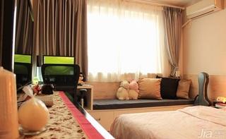 简约风格一居室70平米卧室窗帘效果图