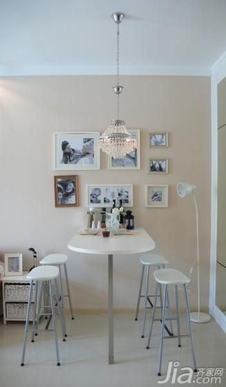田园风格小户型经济型餐厅照片墙餐桌效果图高清图片