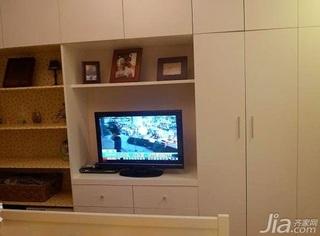 宜家风格一居室经济型电视柜效果图