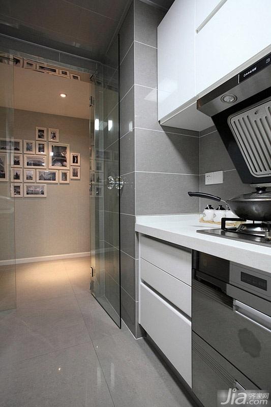 简约风格二居室经济型厨房橱柜效果图