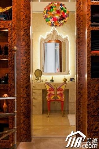 欧式风格公寓古典富裕型浴室柜效果图
