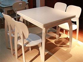 折叠伸缩实木餐桌椅