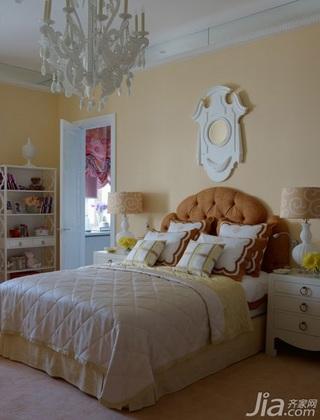 美式风格三室两厅艺术卧室装修效果图