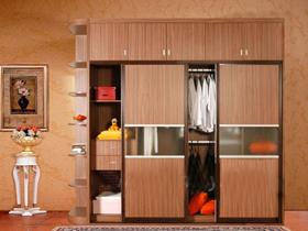 整木家装成香馍馍 衣柜电商发展需加强