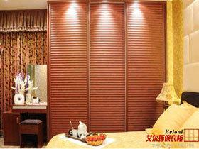 中式风格环保移门衣柜