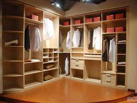 现代中式中纤板衣柜