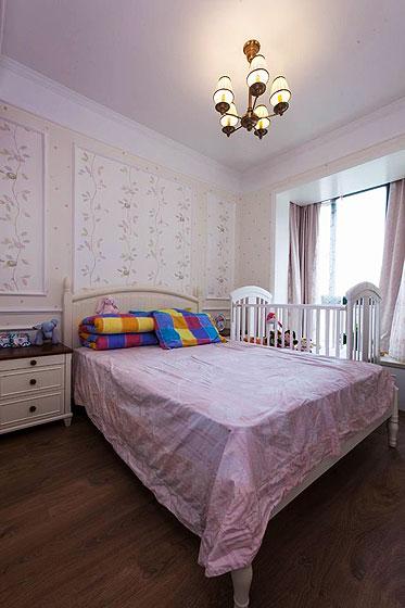 美式风格二居室舒适130平米卧室装潢