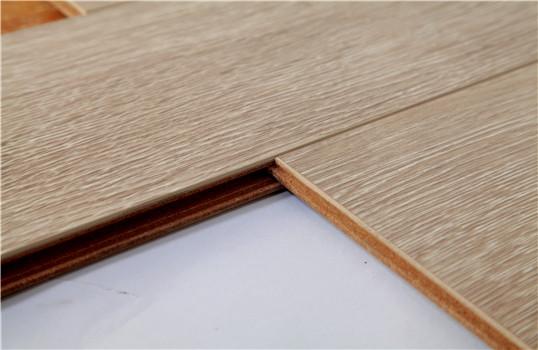 白橡与黄橡颜色区别_白橡木地板和红橡木地板一样么,柞木地板又是什么地板 白橡木 ...