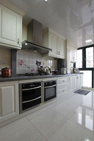 中式风格三室一厅130平米厨房设计