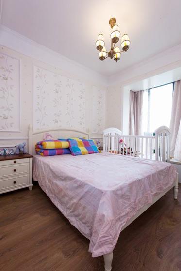 混搭风格二居室卧室装修效果图高清图片