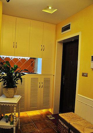 地中海风格二居室温馨10-15万80平米玄关玄关柜效果图