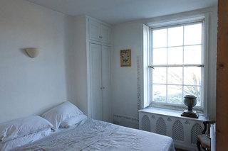 英伦风格乡村别墅古典小卧室效果图