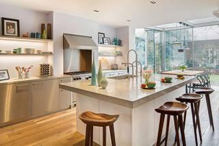 混搭风格温馨厨房装修效果图