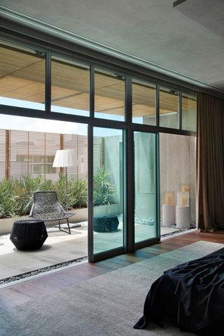 新古典风格公寓阳台玻璃隔断效果图