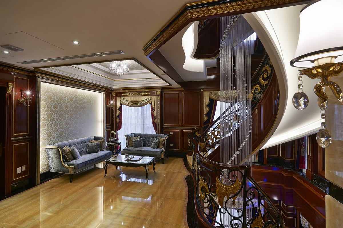 欧式风格别墅奢华楼梯设计图