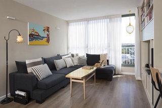 现代简约风格公寓古典蓝色婴儿房沙发效果图