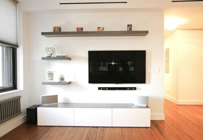 现代简约风格公寓温馨原木色开放式厨房电视背景墙效果图