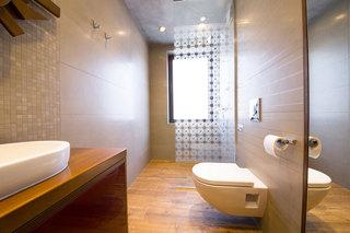 现代简约风格公寓艺术卫浴用品装修效果图