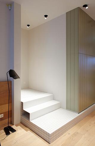 混搭风格80平米楼梯旧房改造家装图片