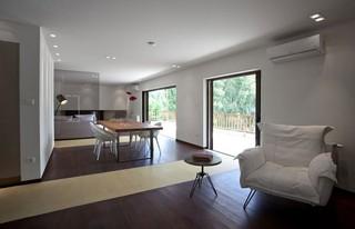 现代简约风格复式舒适艺术玻璃背景墙装修图片