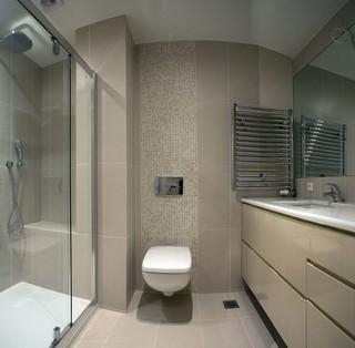 现代简约风格复式舒适卫生间艺术玻璃背景墙效果图