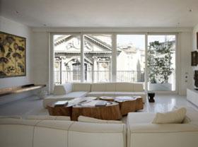 木材和石材的結合 豪華優雅米蘭白色復式公寓