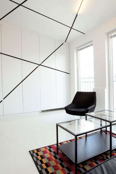 现代简约风格小户型白色背景墙装修效果图