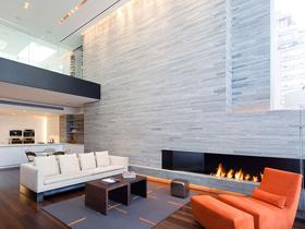 240平米三层公寓的豪华装饰