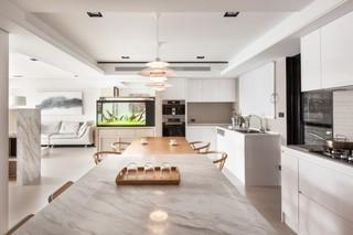 现代简约风格温馨黑白大理石餐桌图片
