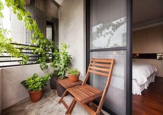 现代简约风格温馨黑白阳台花园装修效果图