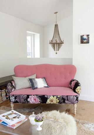 现代简约风格民族风粉色布艺沙发图片