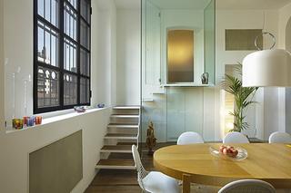 简约风格公寓温馨白色阁楼楼梯窗户效果图
