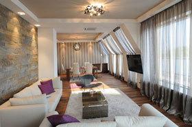 杂乱无章的纹理  塞尔维亚简约阁楼公寓图片