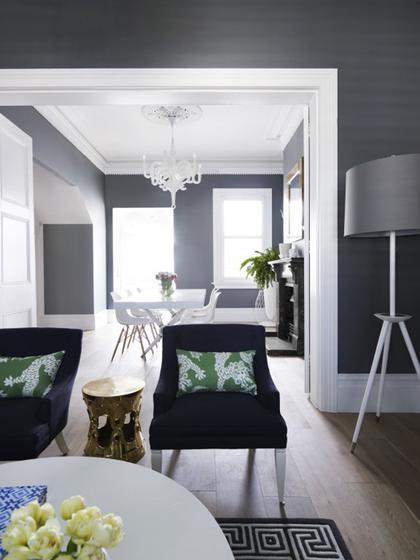 现代简约风格稳重灰色客厅隔断沙发效果图
