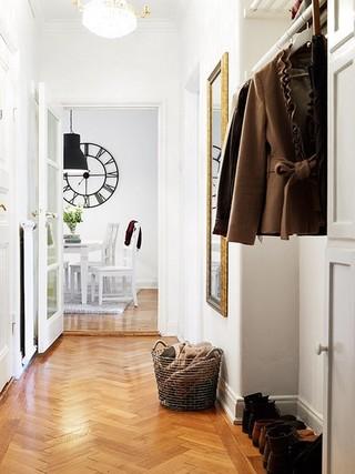 73平淡雅北欧公寓 黑与白色的古典味道
