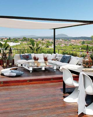 巴塞罗那风情家居 80平米的超大露台家
