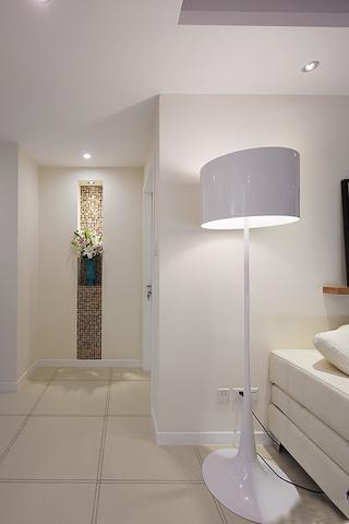 100平简约时尚三居室 白色调 装饰设计