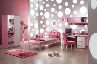 超粉色可爱温馨儿童房