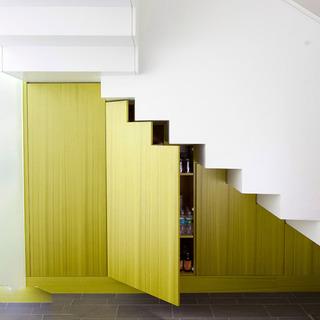 小设计点亮居室空间 楼梯角落巧收纳