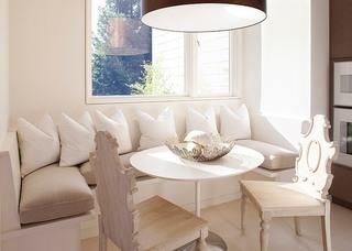 通透明亮的复式住宅 现代时尚的典范