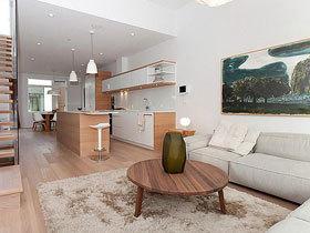 来自加拿大清新木主题住宅