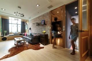 台湾高雄67平创意公寓