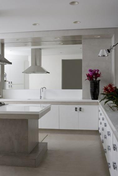 简欧风格小清新条纹整体厨房装潢
