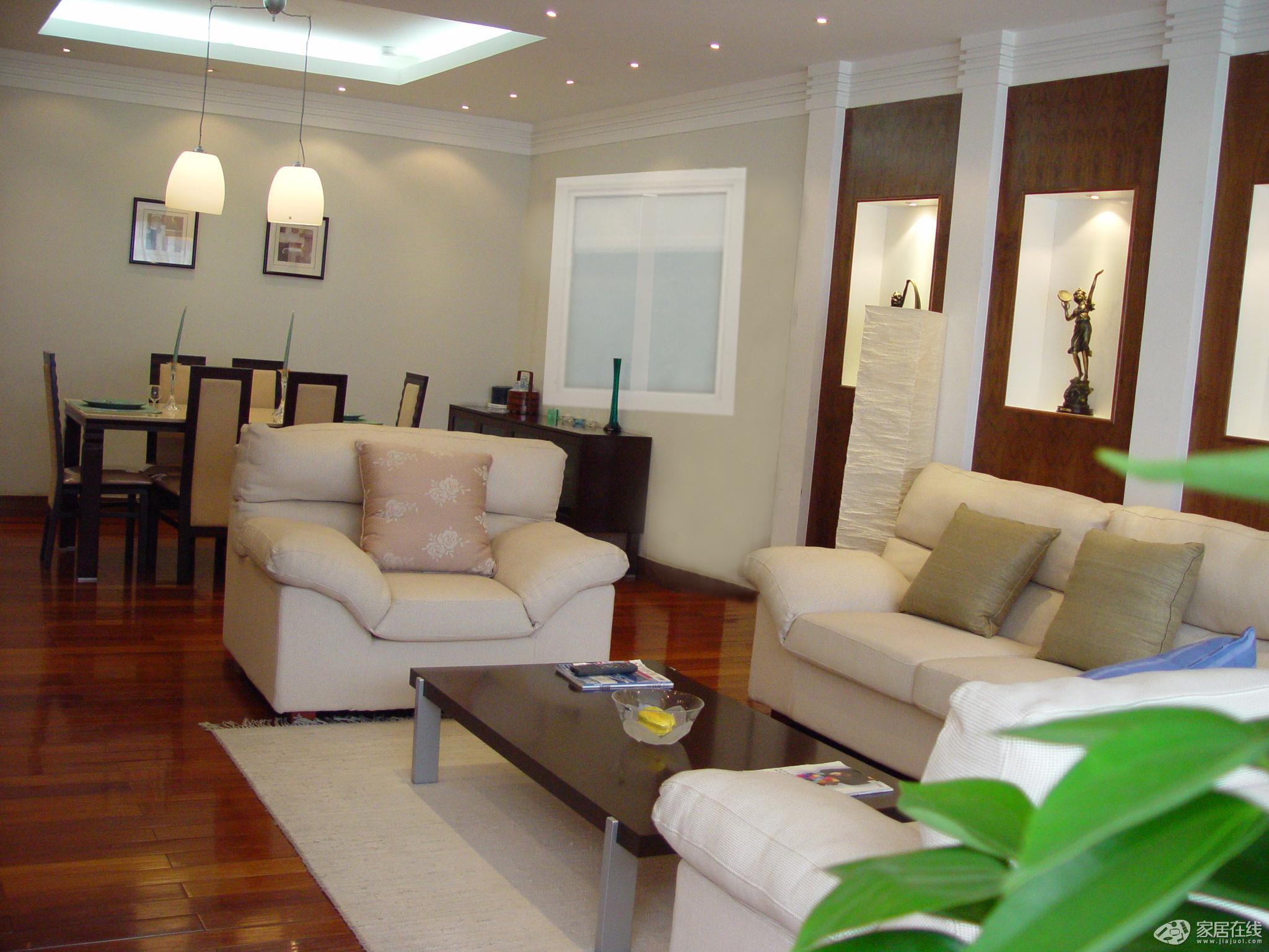新古典风格客厅卧室温馨米色客厅与餐厅灯沙发背景墙装修图片图片