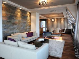 塞尔维亚优雅简约阁楼公寓