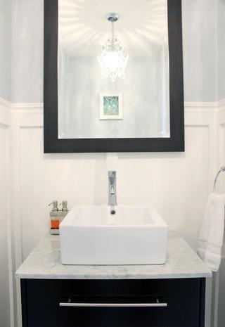 黑白相间搭配完美 大气卫浴空间