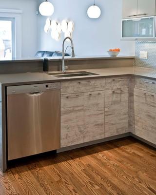 灰色系的厨房装修 大气整洁
